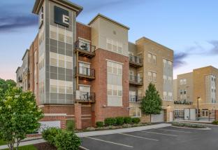The Enclave luxury Apartments in Wauwatosa, WI